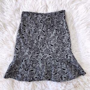 LOFT Gray Black Floral Embossed Flounce Skirt